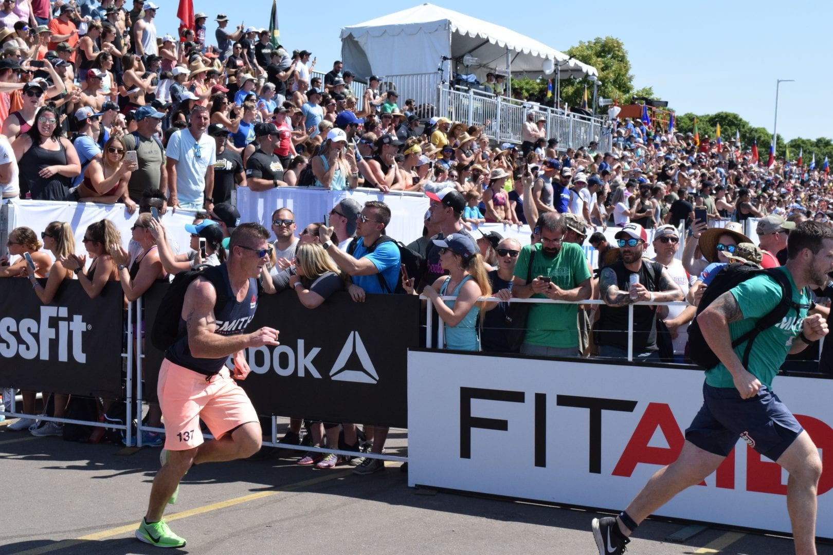 Jason Smith completes the Ruck Run event at the 2019 CrossFit Games.